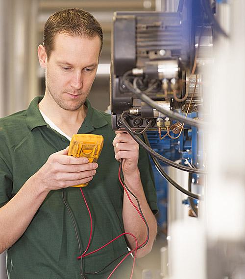 Electricien expert agréé contrôle OIBT